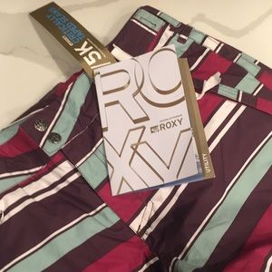 Snowboard pants, brand new, colorful, comfortable